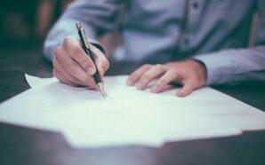Jakie dokumenty zabrać ze sobą na spotkanie z prawnikiem?